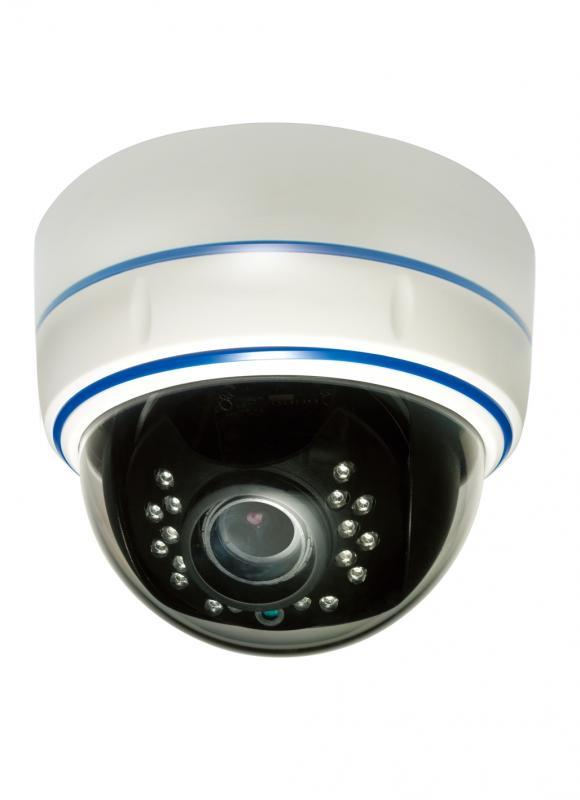 Внутренняя купольная IP камера J2000-HDIP2D15Full (2,8-12)